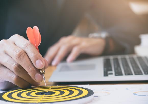 ¿Cómo conectar con empresas que no me conocen para generar demanda B2B?